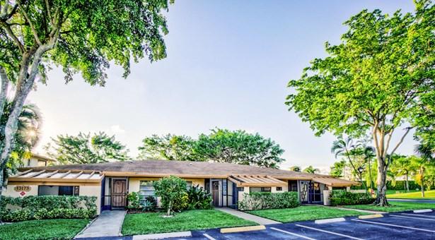 13173 Lucinda Palm Court Unit A, Delray Beach, FL - USA (photo 1)