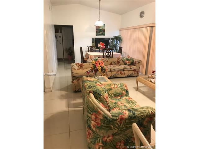 Single-Family Home - Miami, FL (photo 4)