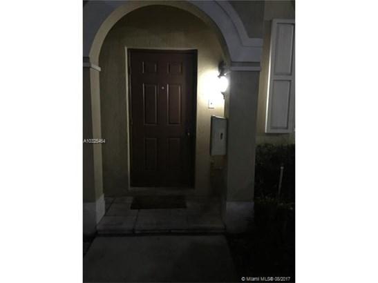 Condo/Townhouse - Miramar, FL (photo 1)
