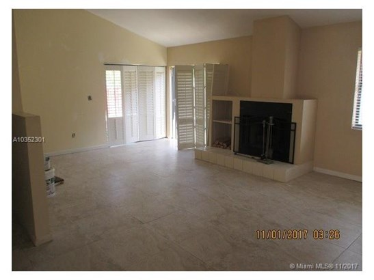 601 Sw 113th Ave, Pembroke Pines, FL - USA (photo 2)