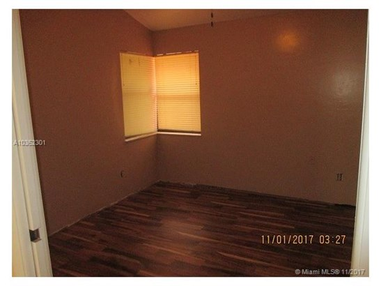601 Sw 113th Ave, Pembroke Pines, FL - USA (photo 5)