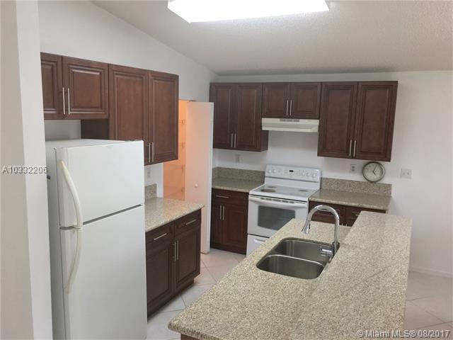 Single-Family Home - Miramar, FL (photo 3)