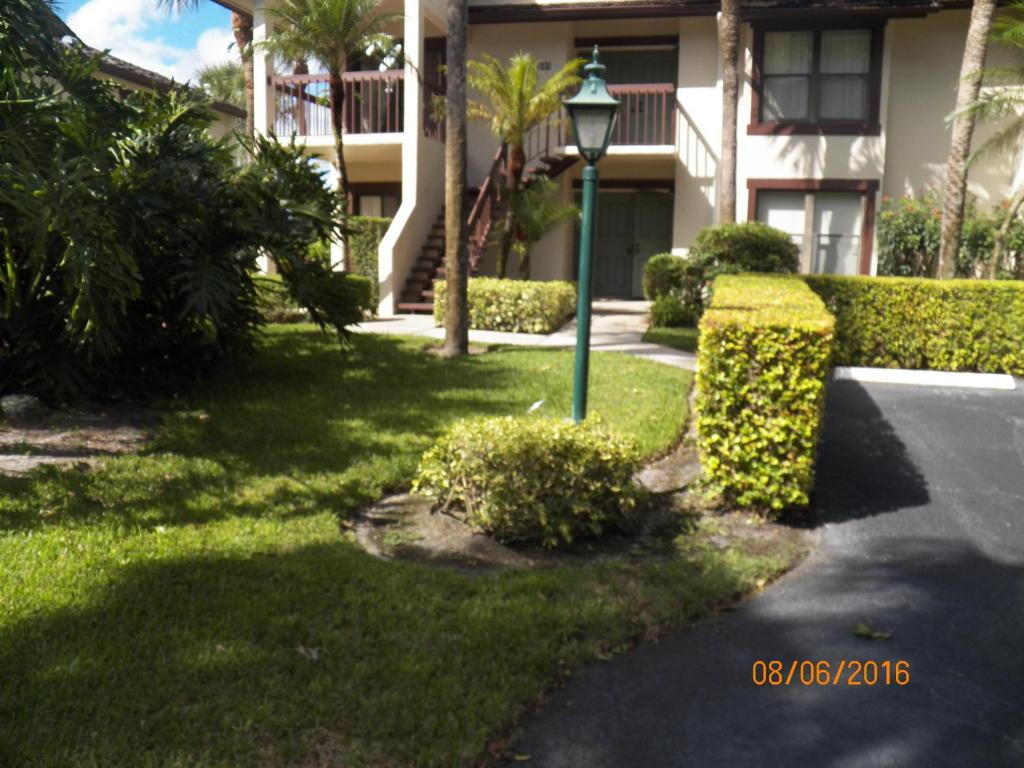 Condo/Townhouse - Wellington, FL (photo 2)