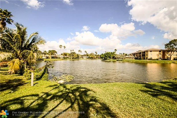 3999 Nw 115th Ave, Coral Springs, FL - USA (photo 5)