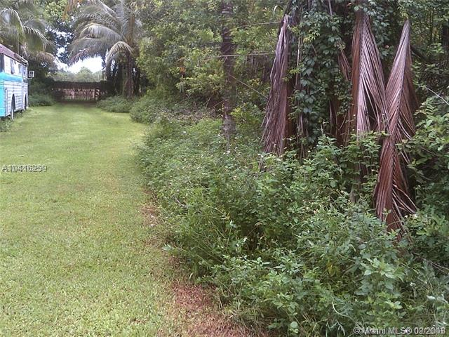 Sw 207 Ave (approx) & Sw 376 St., Homestead, FL - USA (photo 2)