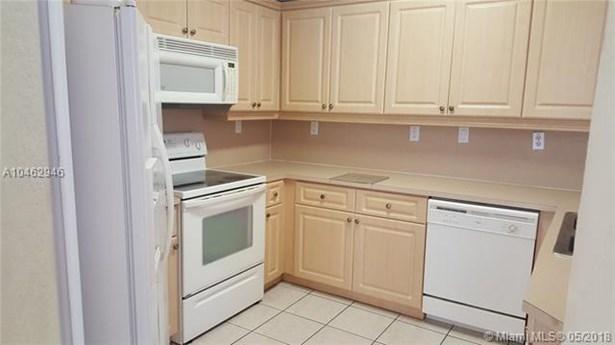 8854 W Flagler St  #205, Miami, FL - USA (photo 2)