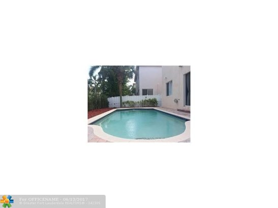 Rental - Dania, FL (photo 2)