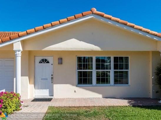 2641 Ne 4th St, Pompano Beach, FL - USA (photo 5)