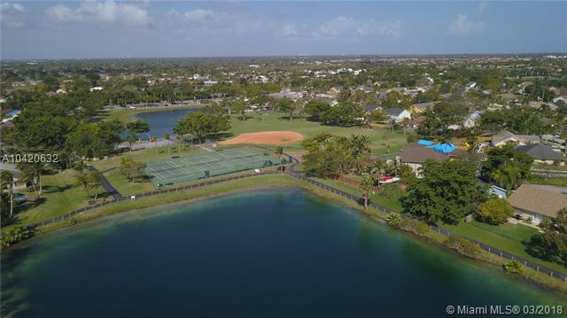 22173 Sw 98th Pl, Cutler Bay, FL - USA (photo 3)