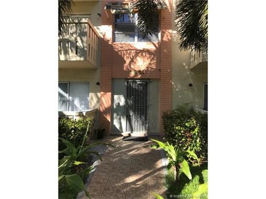 1821 Ne 168th St, North Miami Beach, FL - USA (photo 1)