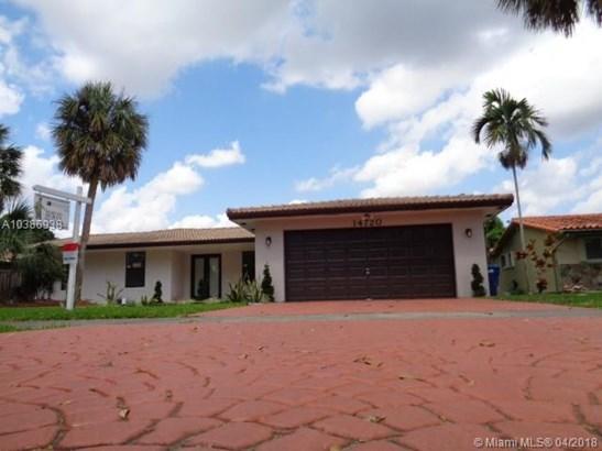14720 Dade Pine Ave, Miami Lakes, FL - USA (photo 1)