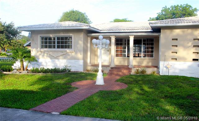 70 Hammond Dr, Miami Springs, FL - USA (photo 1)