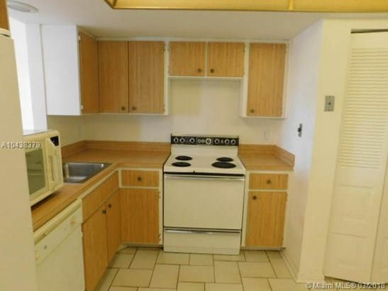 1650 Nw 80th Ave  #401, Margate, FL - USA (photo 2)