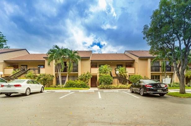 5021 Oak Hill Lane Unit 124, Delray Beach, FL - USA (photo 1)