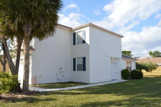 5903 Azalea Circle, West Palm Beach, FL - USA (photo 2)
