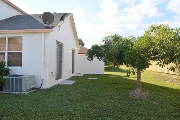 5903 Azalea Circle, West Palm Beach, FL - USA (photo 3)