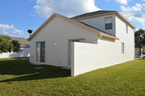 5903 Azalea Circle, West Palm Beach, FL - USA (photo 4)