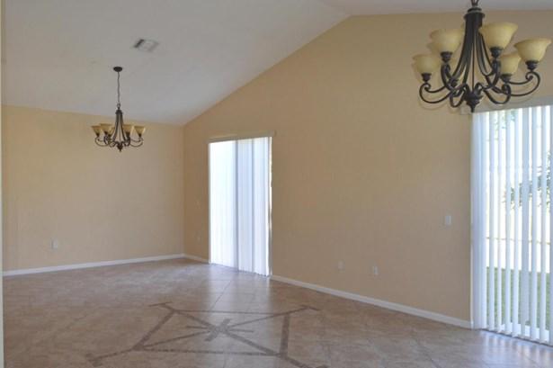 5903 Azalea Circle, West Palm Beach, FL - USA (photo 5)