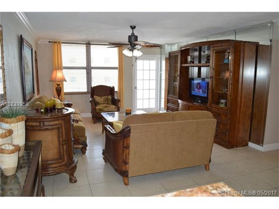 Condo/Townhouse - Surfside, FL (photo 3)