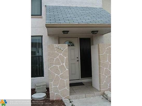 1223 Seaview #1223, North Lauderdale, FL - USA (photo 3)