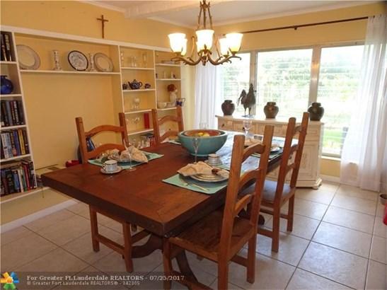 Single-Family Home - Oakland Park, FL (photo 2)