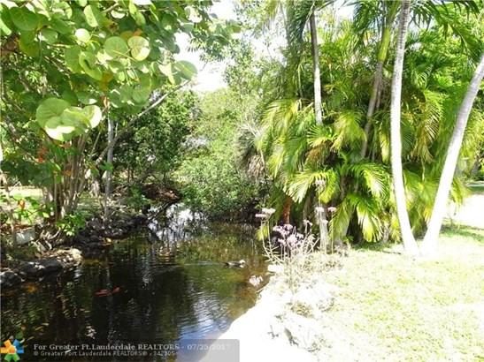 Single-Family Home - Oakland Park, FL (photo 5)