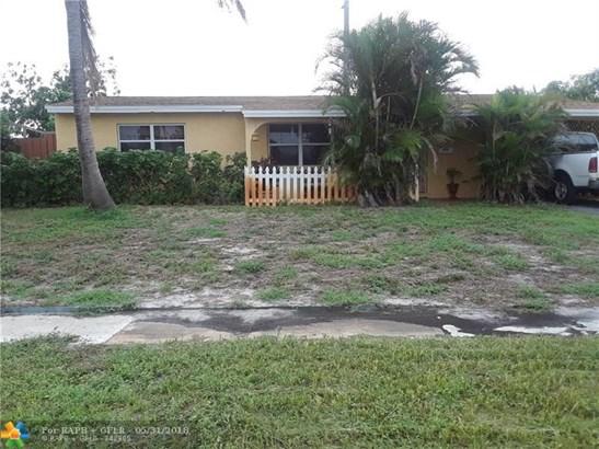 1313 Sw 1st Ter, Deerfield Beach, FL - USA (photo 2)