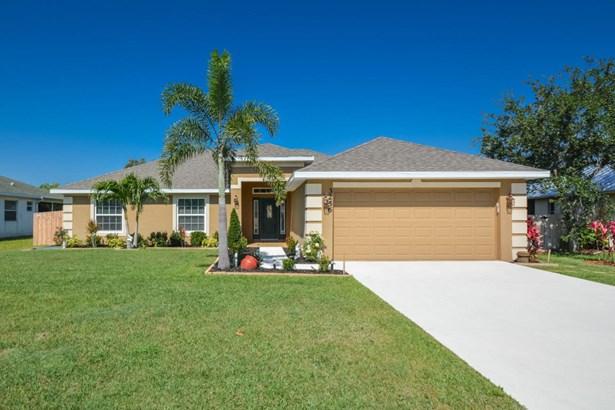 3256 Sw Hambrick Street, Port St. Lucie, FL - USA (photo 1)