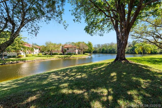 4139 S Carambola Cir S  #2137, Coconut Creek, FL - USA (photo 2)
