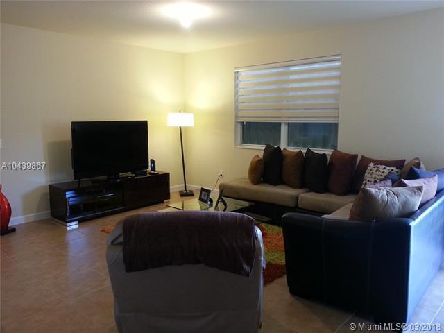 8440 Nw 115th Pl, Doral, FL - USA (photo 2)