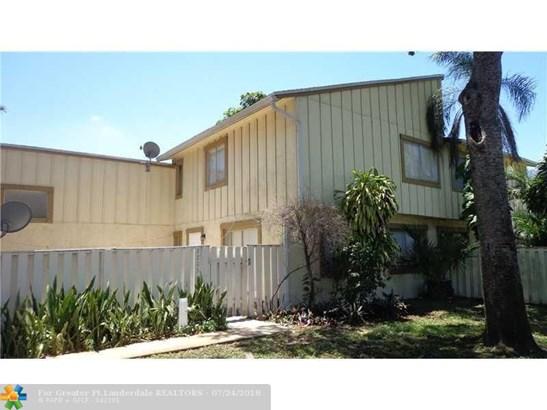 2203 Nw 56th Ave #4-b, Lauderhill, FL - USA (photo 1)