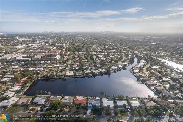 1710 Ne 43rd St, Oakland Park, FL - USA (photo 2)