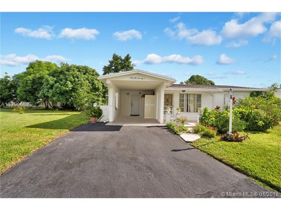 4270 Nw 49th Ave, Lauderdale Lakes, FL - USA (photo 1)