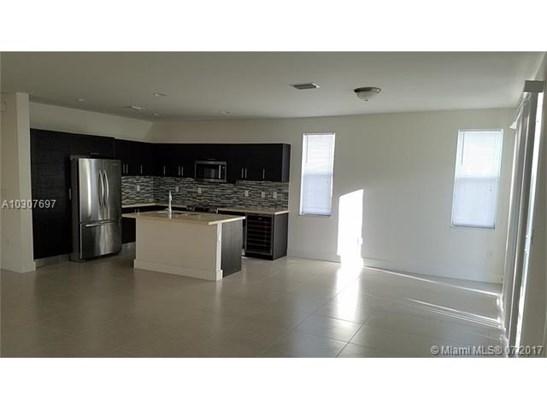 Rental - Medley, FL (photo 2)