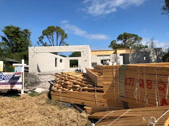 5002 Hickory Drive, Fort Pierce, FL - USA (photo 2)