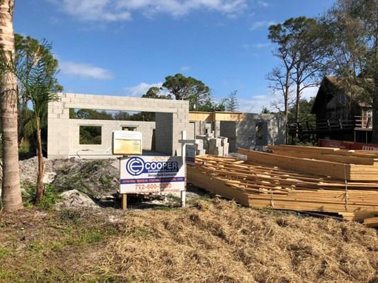 5002 Hickory Drive, Fort Pierce, FL - USA (photo 3)