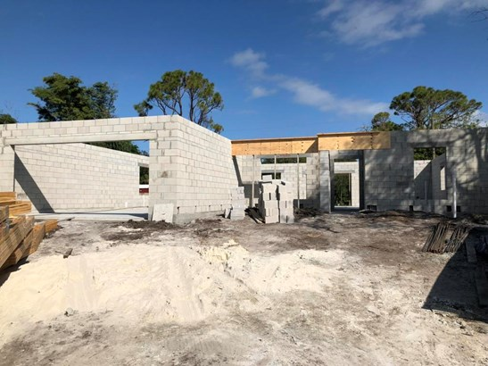5002 Hickory Drive, Fort Pierce, FL - USA (photo 4)