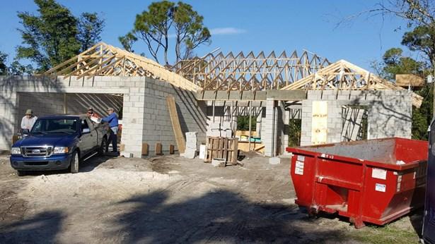 5002 Hickory Drive, Fort Pierce, FL - USA (photo 5)