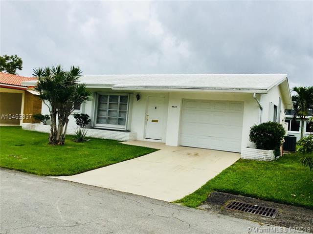 4404 Nw 47th Ct, Tamarac, FL - USA (photo 2)