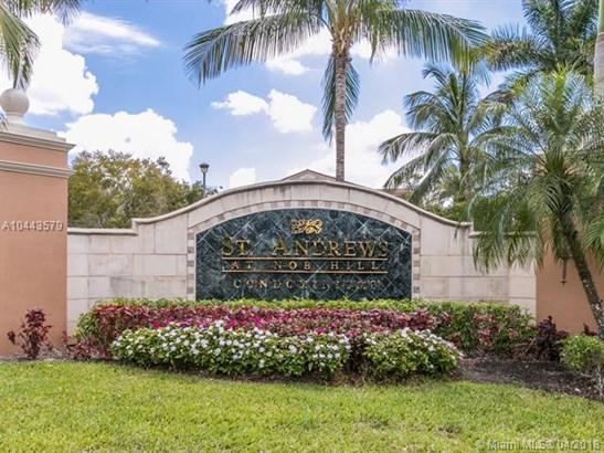 7970 N Nob Hill Rd  #106, Tamarac, FL - USA (photo 1)