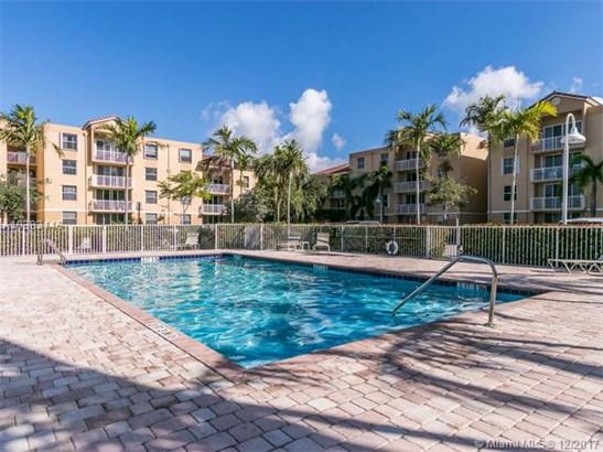 519 E Sheridan St  #1072, Dania Beach, FL - USA (photo 3)