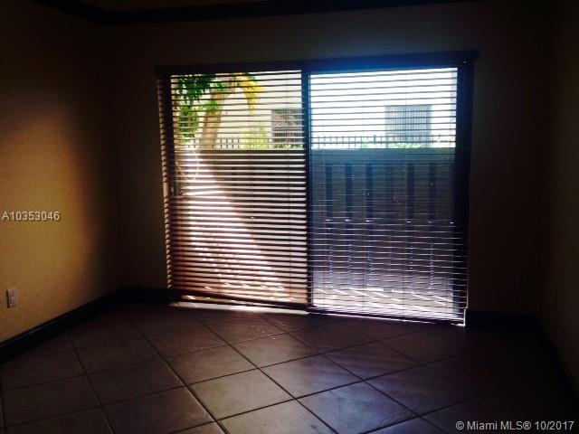 12218 Sw 16th Ter  #d-102, Miami, FL - USA (photo 4)