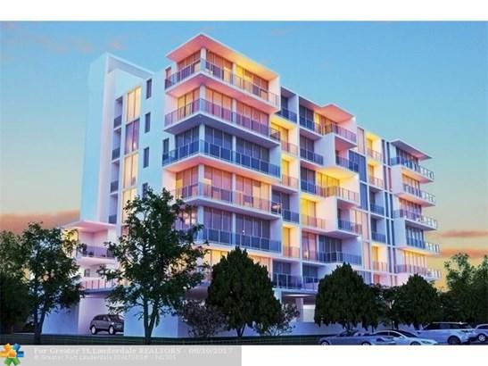 Condo/Townhouse - Pompano Beach, FL (photo 2)