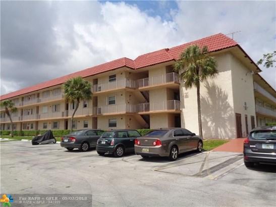 700 Se 6th Ave #203, Deerfield Beach, FL - USA (photo 2)