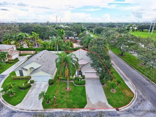 Single-Family Home - West Palm Beach, FL (photo 2)