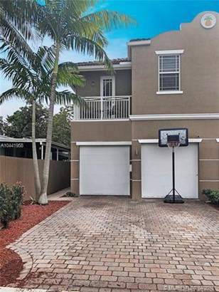 326 Sw 15th St  #326, Fort Lauderdale, FL - USA (photo 2)