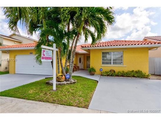 10821 Sw 144th Ave, Miami, FL - USA (photo 1)