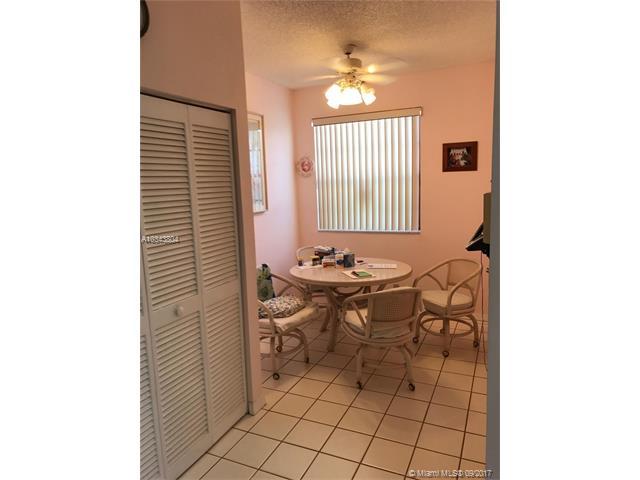 Condo/Townhouse - Boca Raton, FL (photo 4)