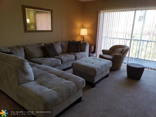 8100 Sw 24th St #207, North Lauderdale, FL - USA (photo 5)