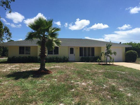 1512 Se Outwood Court, Port St. Lucie, FL - USA (photo 1)